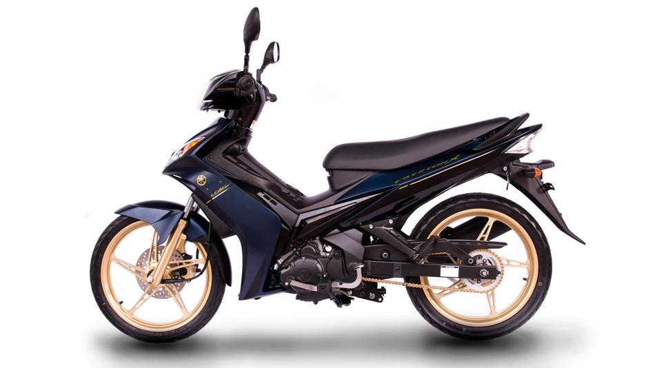 2012-Yamaha-T135SP-EU-Blue-Metallic-Studio-006